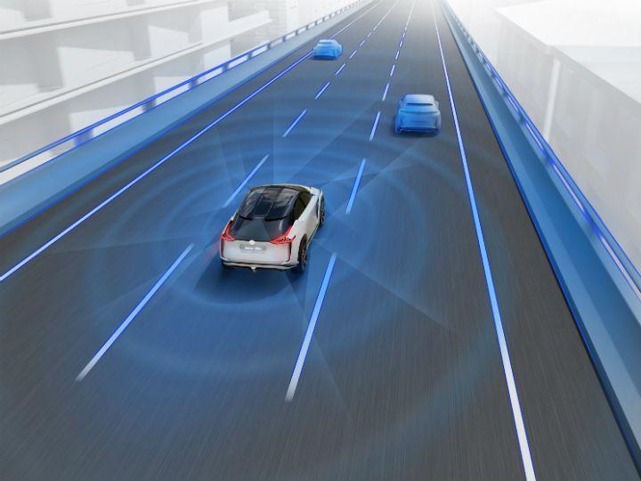 Nissan официально презентовал концептуальный кроссовер 4