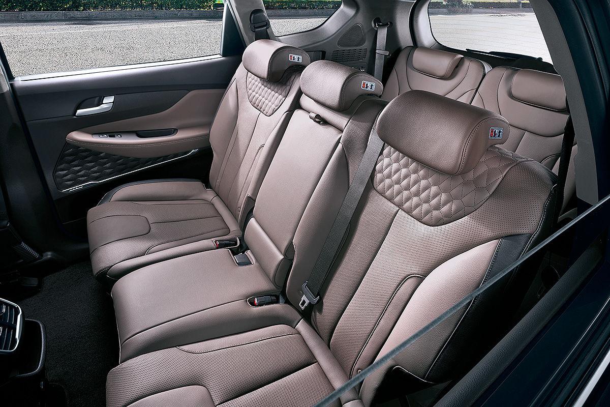 «Новая эра»: тест-драйв нового Hyundai Santa Fe 5