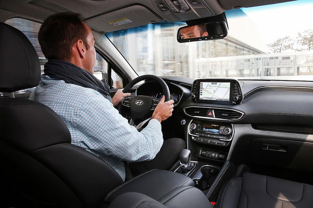 «Новая эра»: тест-драйв нового Hyundai Santa Fe 4
