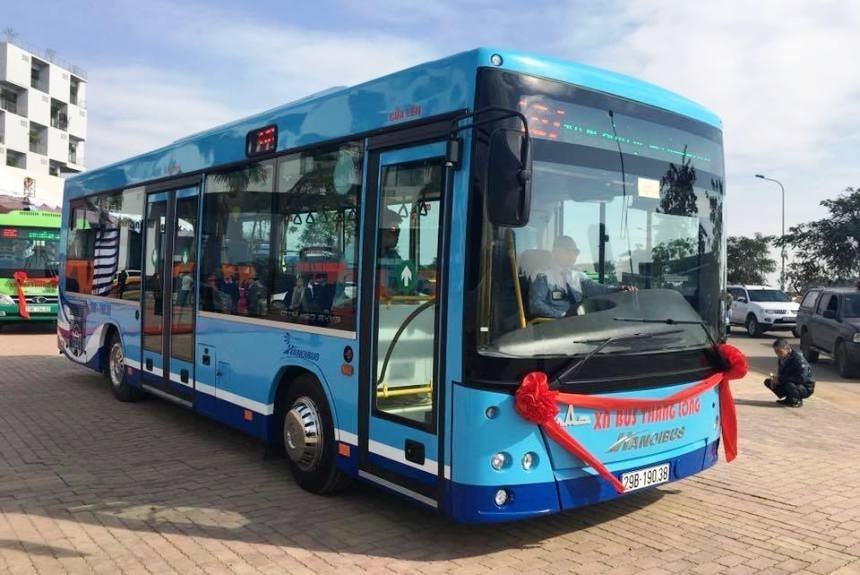 МАЗ «заузил» свои автобусы специально для Вьетнама 1