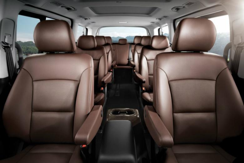 Популярный минивен Hyundai пережил рестайлинг 3