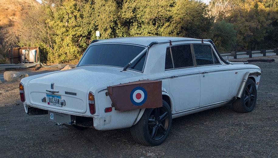 «Безумный» Rolls-Royce 1979 года продают «за гроши» 2