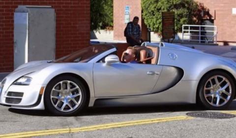 Bugatti Арнольда Шварценеггера продали за 2,5 миллиона долларов 2