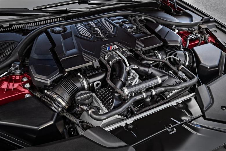 BMW остановил производство модели M5 2