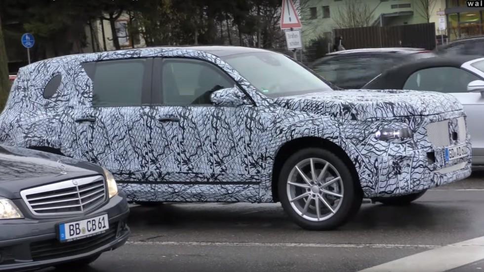 Новый Mercedes-Benz GLB замечен во время тестов 1