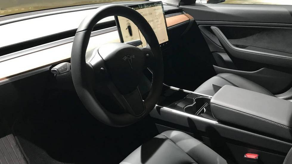 «Когда успели?»: продается Tesla Model 3 уже с пробегом 2