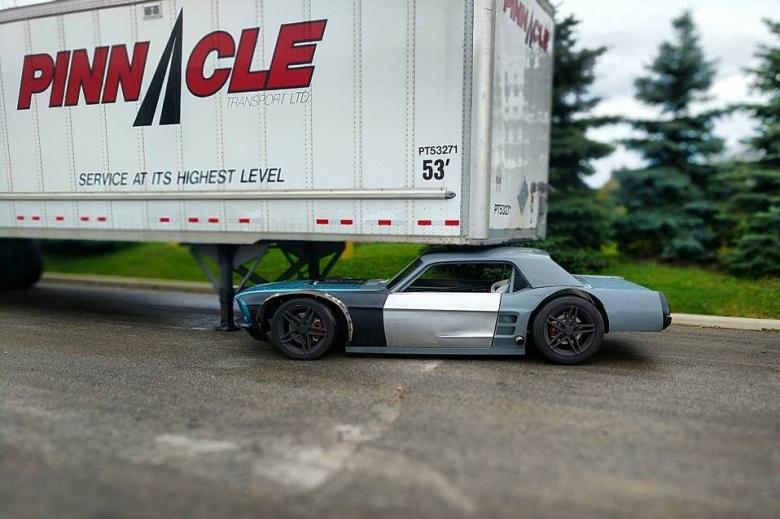 Канадец сделал «плоский» Mustang 2