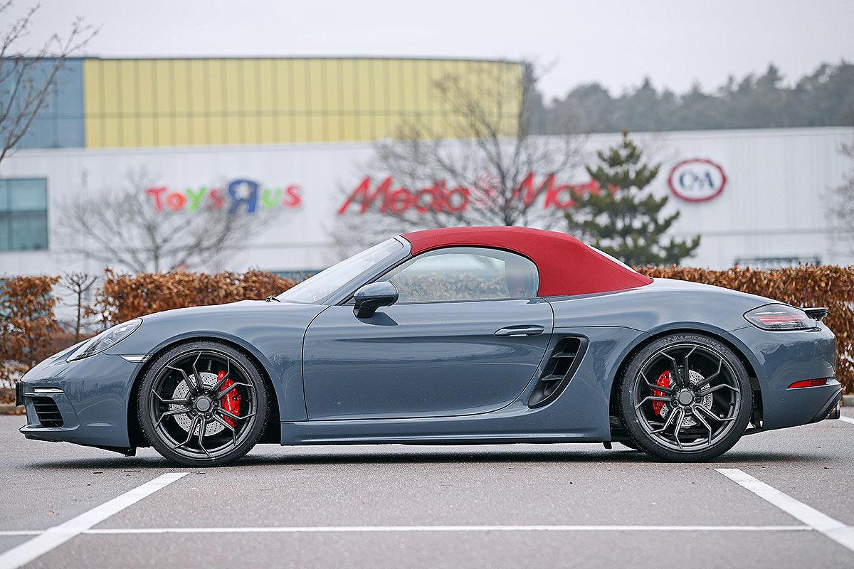 «Бой века»: сравнительный тест-драйв Porsche 718 Boxter S TTP и MTM 4