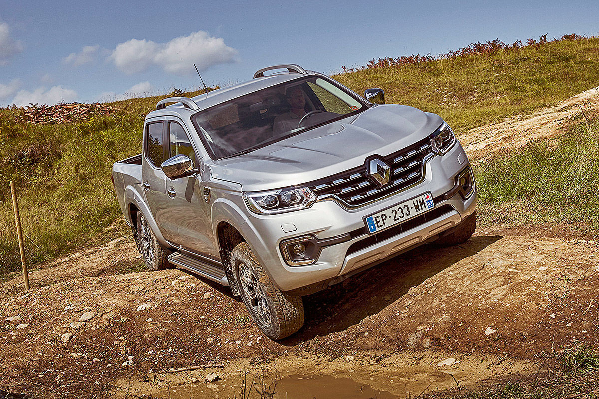 «Покоритель бездорожья»: тест-драйв Renault Alaskan 1