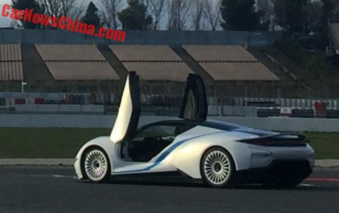 В Китае представили электрический суперкар 2