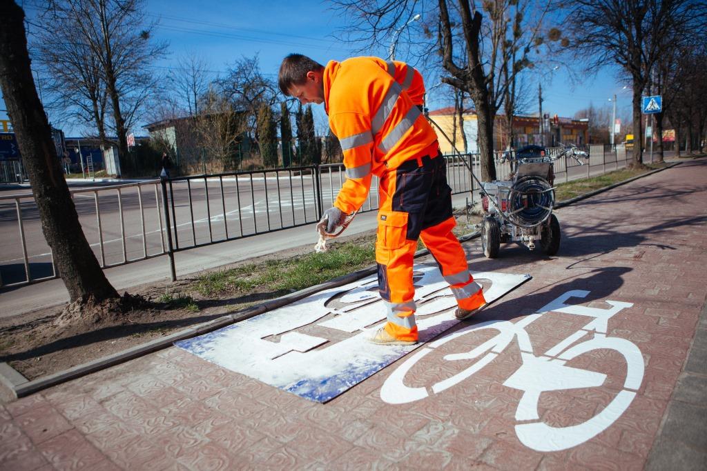 Во Львове промаркировали все велодорожки 1
