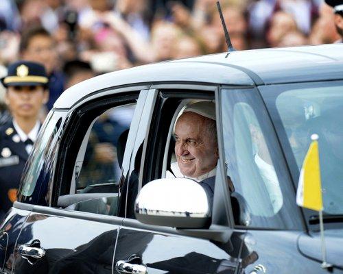 Авто Папы Римского продано за 300 тысяч долларов 2