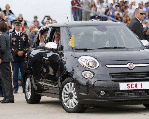 Авто Папы Римского продано за 300 тысяч долларов 1