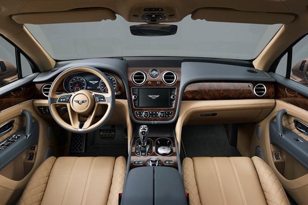«Bentley» королевы Великобритании выставили на аукцион 2