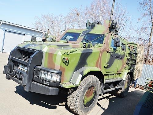 Для зоны АТО подготовили обновленный бронемобиль «Козак-2» 8
