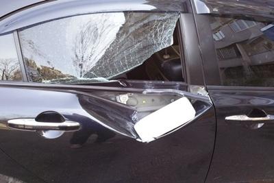 Автомобиль «героя парковки» очень жестоко наказали 1