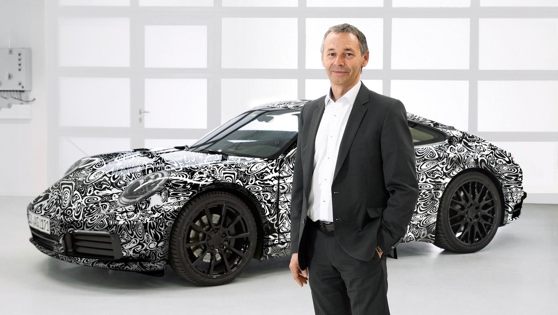 Немцы опубликовали первые изображения нового Porsche 911 1