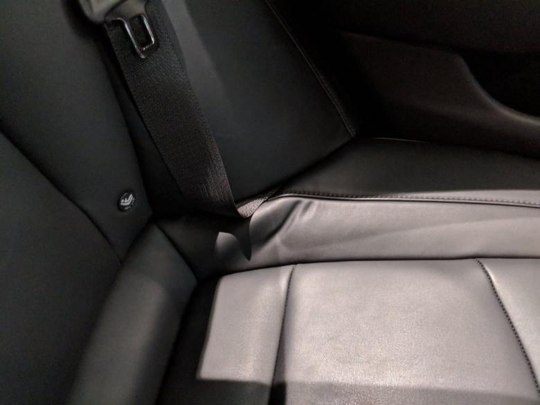 «Эксперт» попытался придраться к Tesla Model 3 3