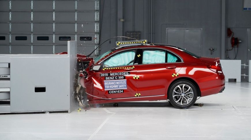 Названы самые безопасные автомобили 2020 года 2