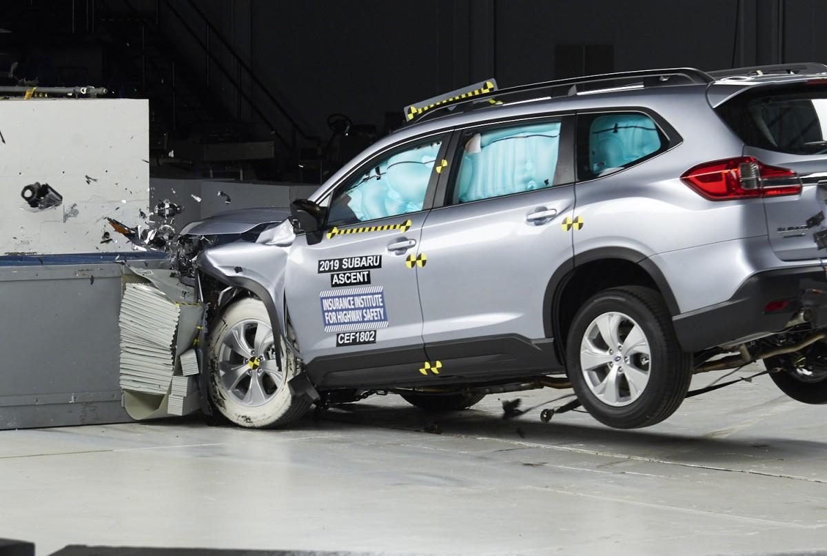 Названы самые безопасные автомобили 2020 года 3