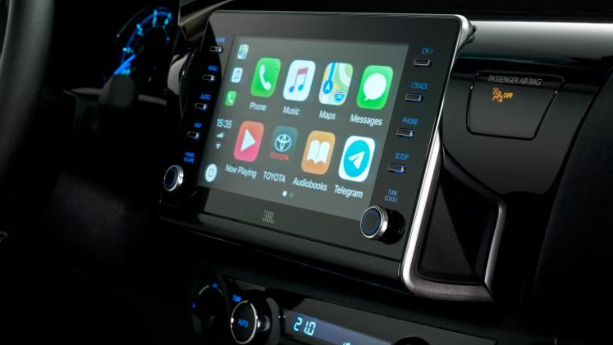 Toyota презентовала пикап Hilux, с 200-сильным двигателем 4