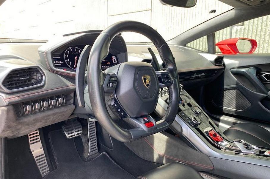 Lamborghini Huracan с пробегом 300 тысяч километров продают по рекордной цене - 130 тысяч долларов 6