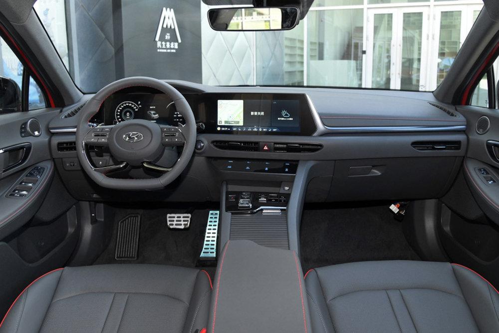 Новая Hyundai Sonata получила удлиненную версию 2