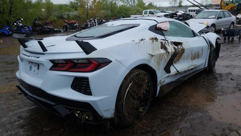 Разбитый Chevy Corvette C8 продают за 107млн. долларов 2