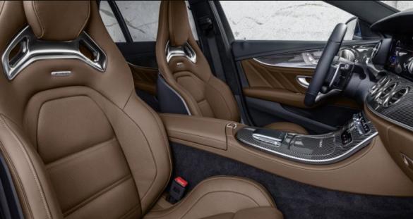 Mercedes вывел на украинский рынок две модели: Подробности и фото 5