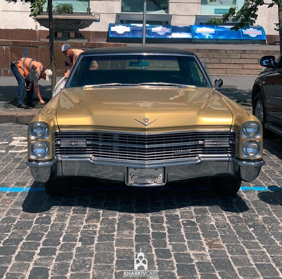 В Украине засняли культовый, роскошный Cadillac 60-х. 1