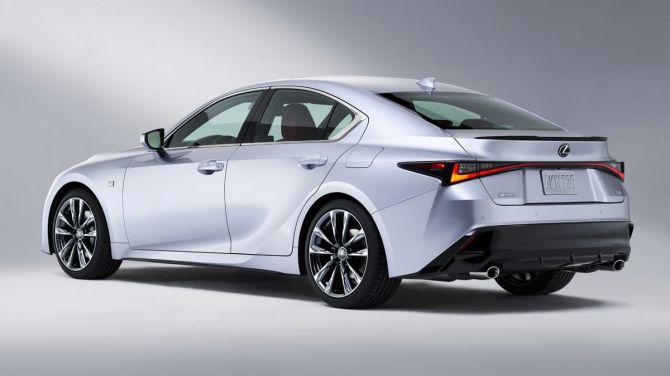 Новый Lexus IS раскрыт до официального дебюта 2