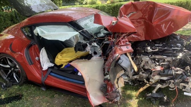 Новую Supra вдребезги разбили через километр после выезда от дилера (ФОТО) 4