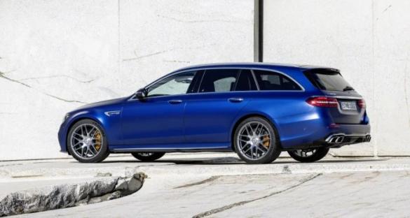 Mercedes вывел на украинский рынок две модели: Подробности и фото 4