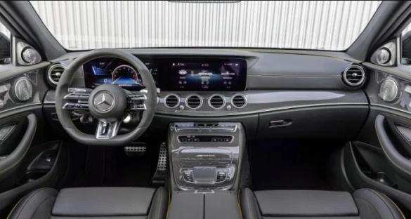 Mercedes вывел на украинский рынок две модели: Подробности и фото 2
