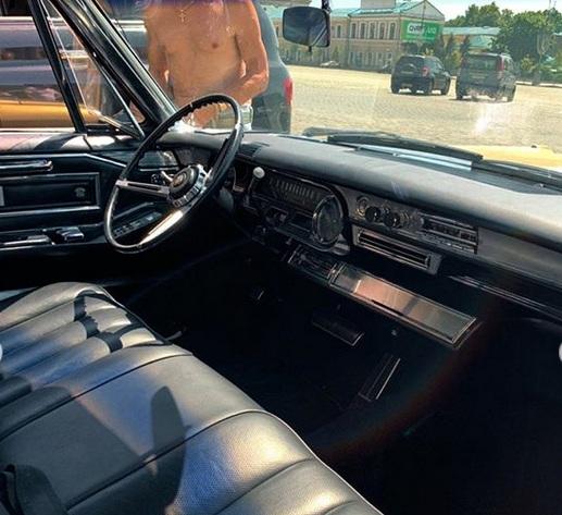 В Украине засняли культовый, роскошный Cadillac 60-х. 3