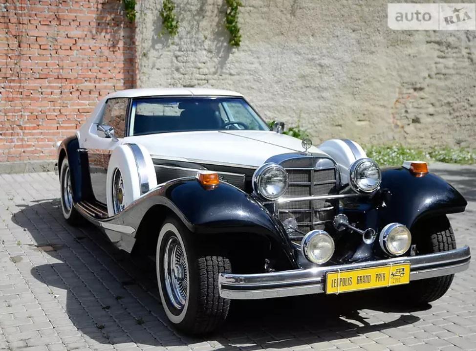 В Украине продают очень крутой и очень редкий американский ретро-автомобиль 1