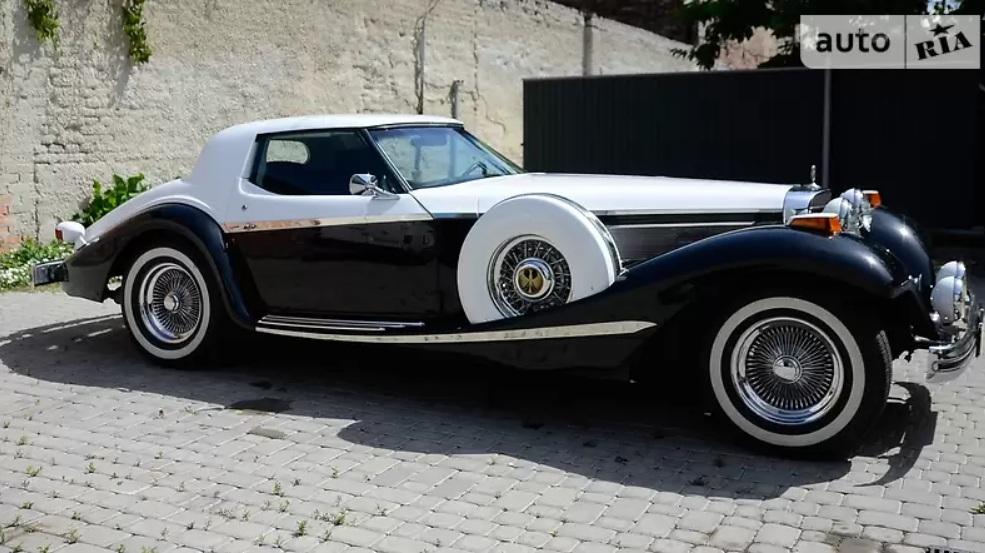 В Украине продают очень крутой и очень редкий американский ретро-автомобиль 2