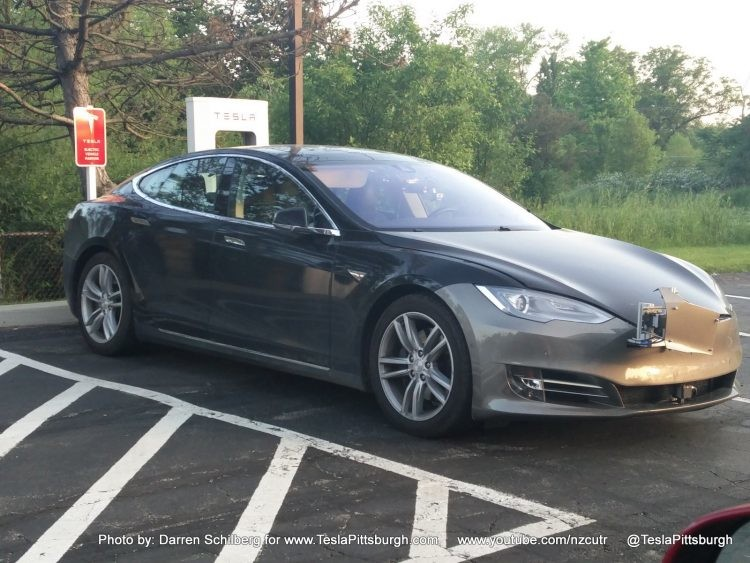 Компания Tesla показала новую модель с «автопилотом второго поколения» 1