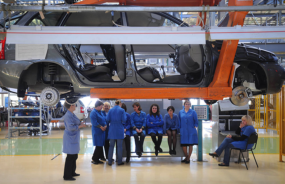 Завод «АвтоВАЗ» «платит сотрудникам за увольнение» 1