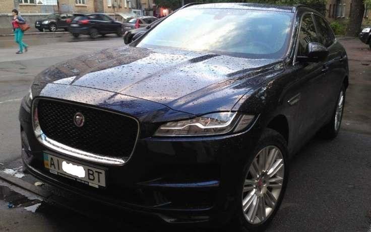 В Украине замечен новейший кроссовер Jaguar F-Pace 1