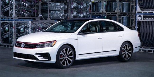 Американский VW Passat сократили до двух версий 1