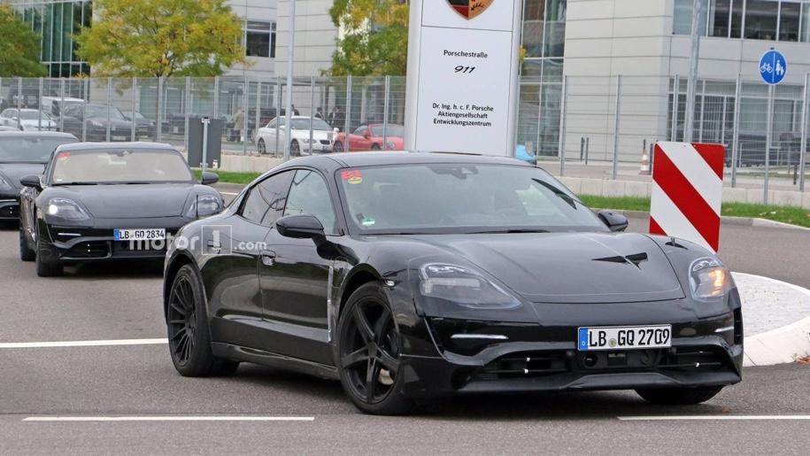 Прототип Porsche Mission E замечен на дорогах 1