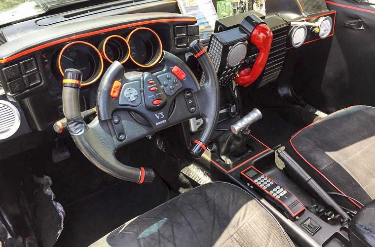 Американец выставил на продажу Ford Mustang «для Бэтмена» 4