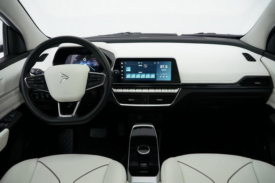 У китайцев появился «народный» автомобиль 1