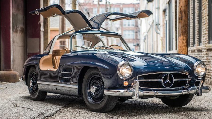 Mercedes-Benz начал выпускать детали для автомобиля 1954 года 1