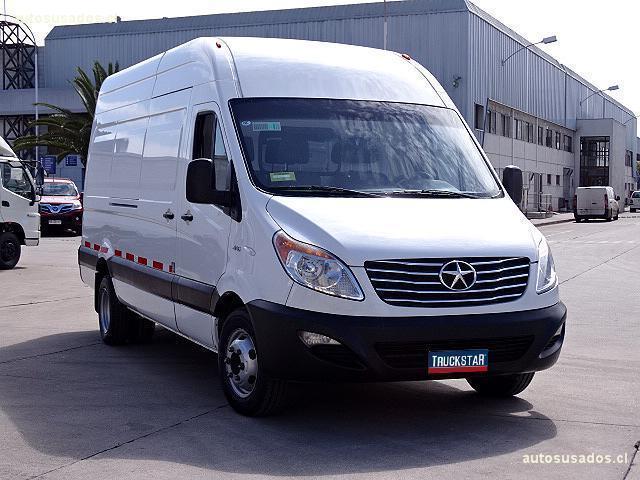 На украинский рынок выйдет «подделка» Mercedes-Benz Sprinter 2