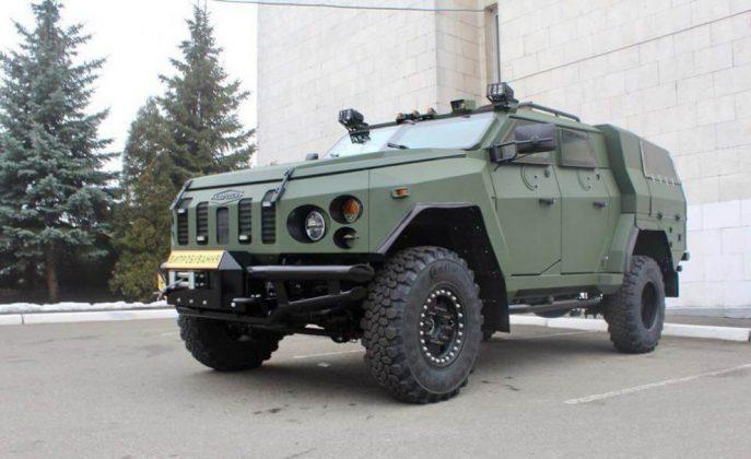 Украинцы построили новый бронеавтомобиль 1