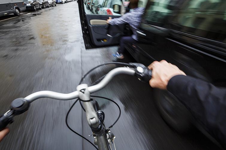 Немцы назвали серьёзную опасность для велосипедистов 1