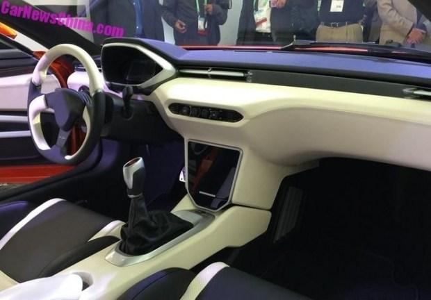 В Китае презентовали спорткар Saleen S1 за $100 тысяч 2
