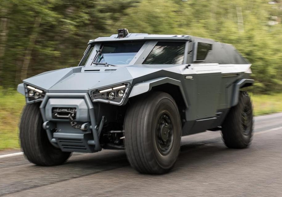 Во Франции построили армейский броневик 1